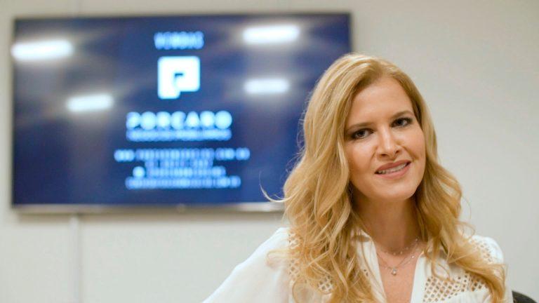 Apartamento de luxo no Funcionários tem projeto de Eduarda Corrêa